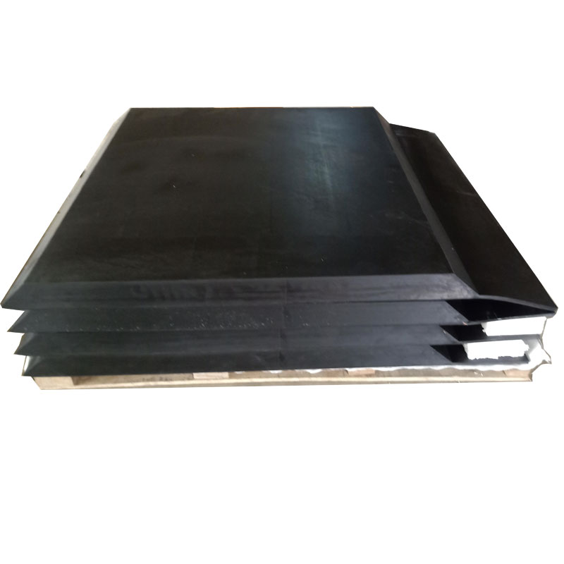 Rubber mat for bridge