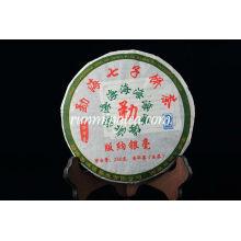 2009 Menghai Banglong Village Raw Pu Er / Pu-erh té, 250 g / pastel
