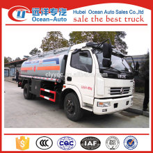 Nuevo camión cisterna 4x4 6000L con motor diesel
