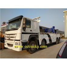 SINOTRUK 12 Wheel 40 Ton Crane Trucks