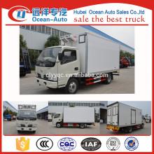 Novo DONGFENG Diesel pequeno caminhão refrigerado para venda