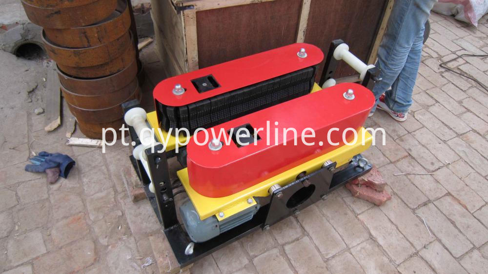 Capstan Winch Pipe and cable pusher