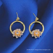 Belle Multicolore Antique Royal CZ Imitation Bijoux Boucles d'oreilles avec Fleur Design 22681