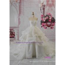 Vestidos de noiva de vestido de baile de fadas com um decote de coletor de migalhas