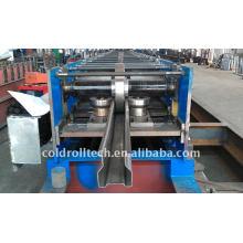 Máquina formadora de rollos en rack para vigas verticales