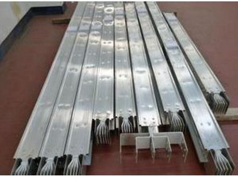 Sandwich conductor  and aluminum magnesium alloy casing