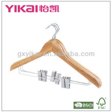 Percha de la camisa de bambú con 2pcs clips de metal