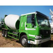 Camion malaxeur concret de HOWO pour la construction