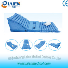 Medical raised air mattress for treatment of bedsores