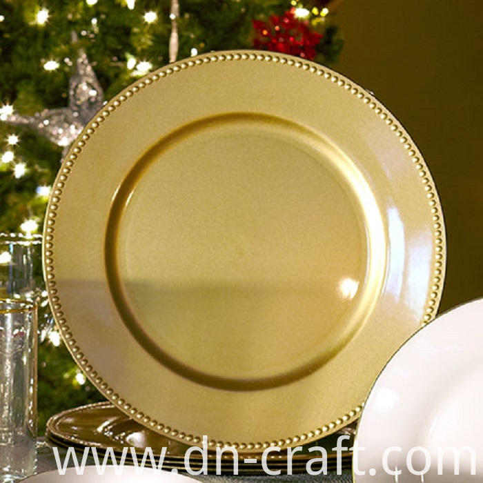 Metallic Finish Plastic Plate-1