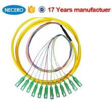 Equipo óptico usado Fabricante y servicio del OEM Cable flexible de fibra óptica de 12 núcleos con conectores SC / APC