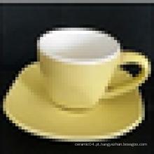 Utensílios de mesa de cerâmica, xícara de café de cerâmica e pires