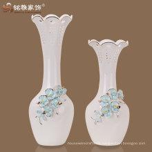 weißes Porzellan dekorative Vase mit Differenzmodellen für Hochzeitsdekoration