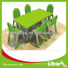 Table d'étude et ensemble de chaises LE.ZY.015
