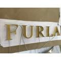 La publicité extérieure a monté des lettres de canal illuminées par visage de lettre