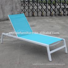 Mobilier en rotin extérieur empilable chaise longue de plage