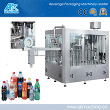 2014 New Style Pet Bottle Carbonated Filling Machine