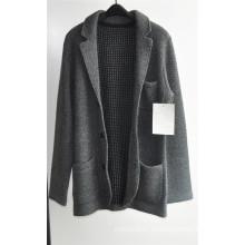 Suéter de la capa de la rebeca de los hombres que hacen punto de la solapa de la manera del invierno con el botón