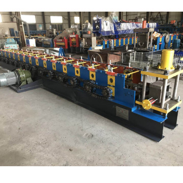 Metalen c purlin machine