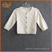 Patrons de tricotage de câble pour les vêtements de cardigans de bébé nouveau-né