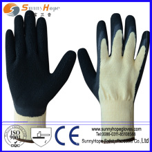 Crinkle finish anti-slip working latex finger glove