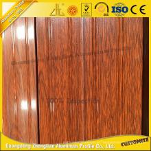 A extrusão de alumínio da grão de madeira a mais nova para simula a porta de madeira com alumínio personalizado das listras