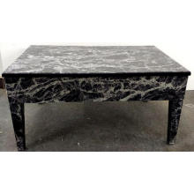 Table basse motif marbre noir verre