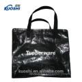 sac en plastique pour faire du shopping