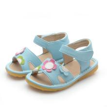 Blue Flowers Baby Squeaky Sandalias
