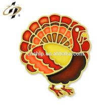 Presente relativo à promoção bespoke metal colorful paint turkey badge pins
