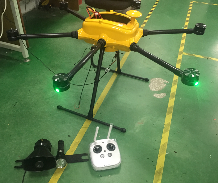 Drone d'acqua con Ipad e Datalink Ground Station