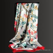 Nuevo patrón 135 * 135 cm mujeres impreso floral 100 poliéster gran bufanda cuadrada