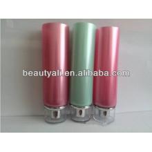 Tubo de plástico de colores cosméticos