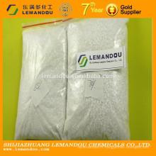 Poudre blanche et poudre jaunâtre à base de bisulfate de sodium blanc