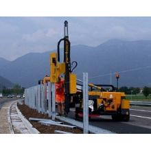 Rodovia guardrail correção máquina de condução de estacas