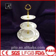 Fabrication de céramique P & T, supports à gâteaux de haute qualité, supports à gâteau de mariage, assiettes en forme d'or