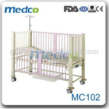 Lits d'hôpital pour enfants de 3 ans / pour nouveau-né MC102