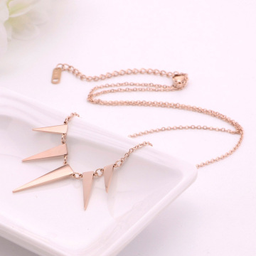 Womens Sederhana Rose Gold Geometric Pendant Necklace