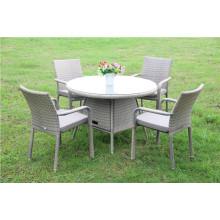 Mesa de comedor y silla de mimbre del ocio de la rota al aire libre del jardín