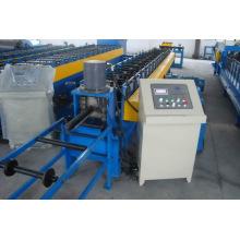 Metal y rodillo de la pista que forma la máquina