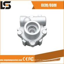 La pieza de aluminio hecha en fábrica del OEM a presión fundición