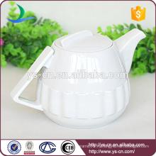 Белый керамический чайный горшок для дома