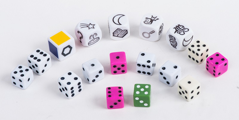 Professional Plastic Dice Game Set