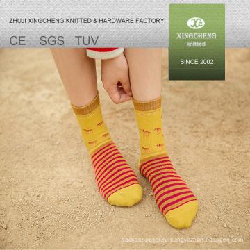 Национальный стиль девушка япония уютный мультфильм латекс резина носки труба носки фарфор носок оптом
