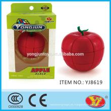 2016 nuevo producto YJ YongJun Apple Magic Puzzle cubo juguetes educativos Inglés de embalaje para la promoción