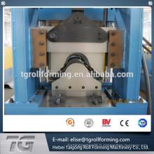 Machine de capuchon en aluminium de haute qualité de toit en métal de 2015 fabriquée en Chine, producteur de machines à capuchon de crête.
