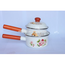 enamel wooden single handle pot with reasonable price and wooden lid