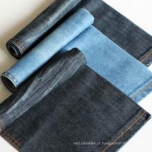 O fio de algodão da tela de matéria têxtil tingiu a tela da sarja de Nimes do índigo para o vestido e a camisa
