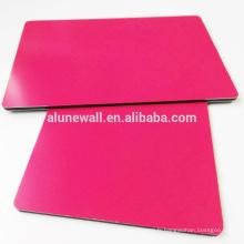 Revêtement rouge de PVDF de Rose 4 * 0.3mm panneaux extérieurs composés en plastique décoratifs d'aluminium