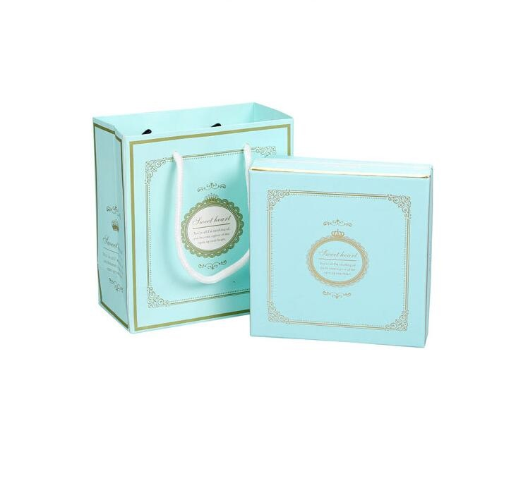 Unique Design Wedding Favor Candy Box